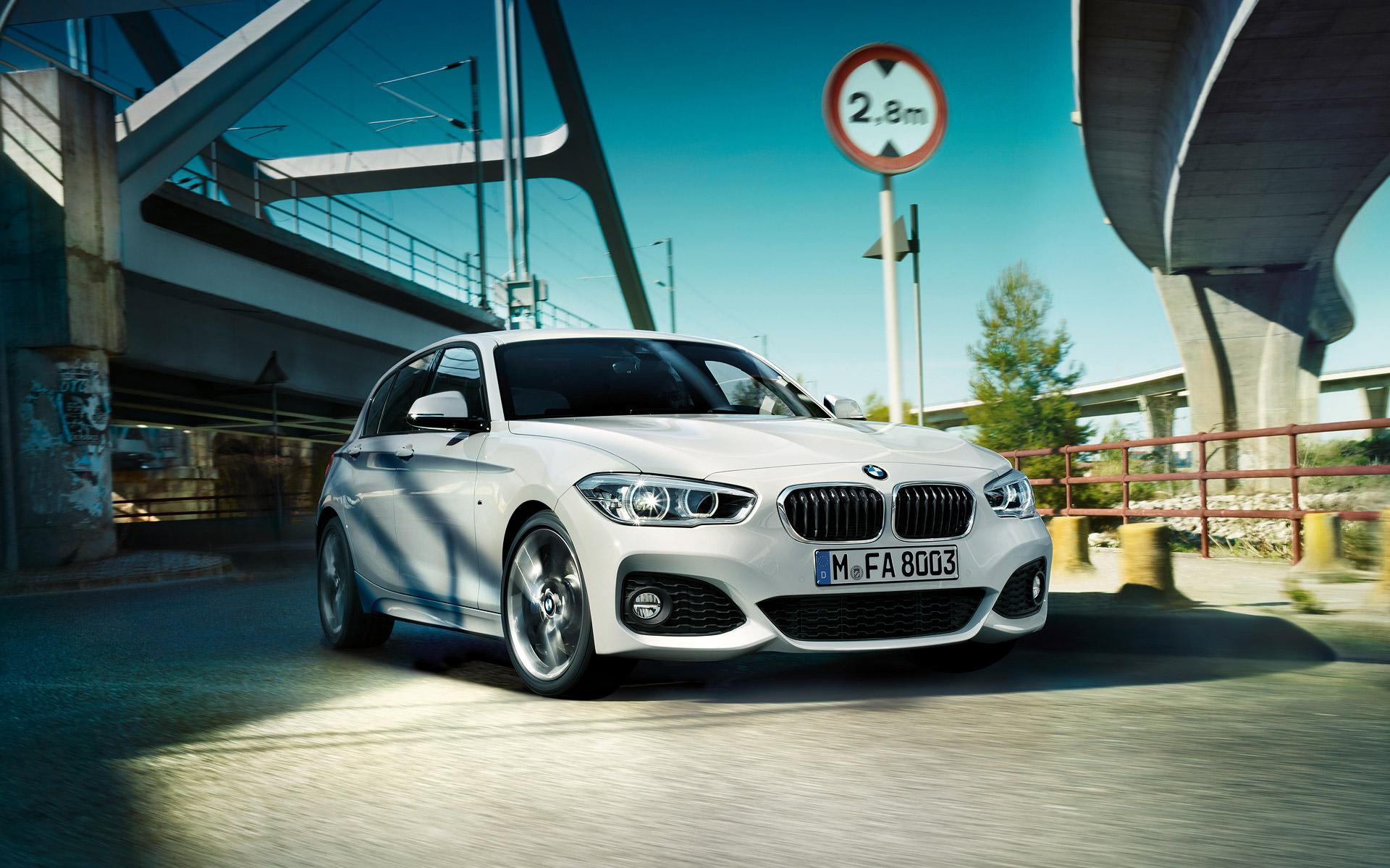 BMW الفئة الأولى بخمسة أبواب 2018