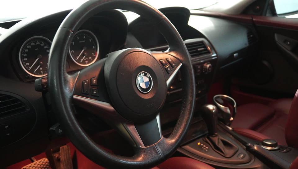 سيارات عائلة الرئيس التونسي السابق بن علي الفاخرة معروضة للبيع في