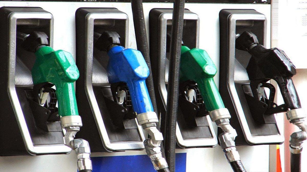 احذروا من تعبئة الديزل بدلاً من البنزين في السيارة لهذا ...