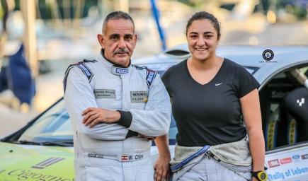 """الوالد وابنته في سباق """"رالي"""" في لبنان"""