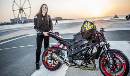 سائقة الدراجات النارية المجازفة سارة ليزيتو