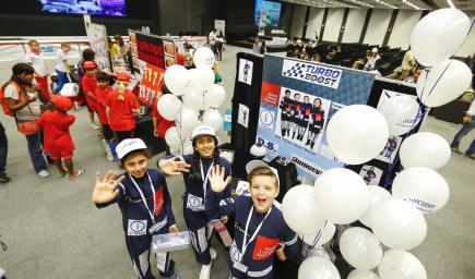 مشاركة 50 فريقًا تضم 191 طالبًا من 24 مدرسة في المسابقة السنوية