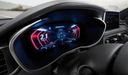 داخلية  سيارة جينيسيس G70 2019