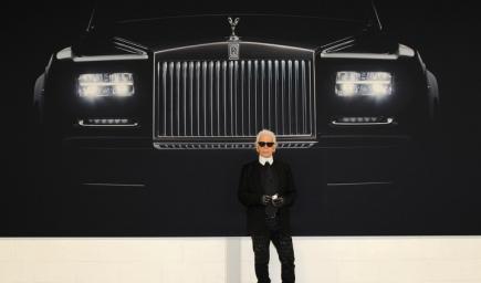 للمصمم الراحل كارل لاغرفيلد كان مولعاً بالسيارات