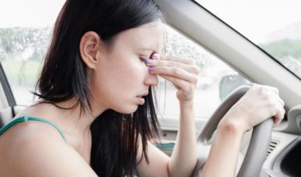 الشعور بالدوار  في السيارة