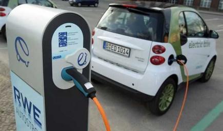 ألمانيا تلزم محطات  شحن السيارات الكهربائية بتركيب عدادات لقياس كمية الكهرباء