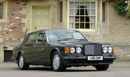 مشت سيارة الأمير تشارلز 140 ألف ميل خلال أقل من ربع قرن