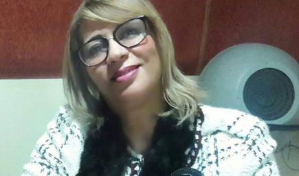 الإعلامية المذيعة بإذاعة طنجة نزهة بنادي