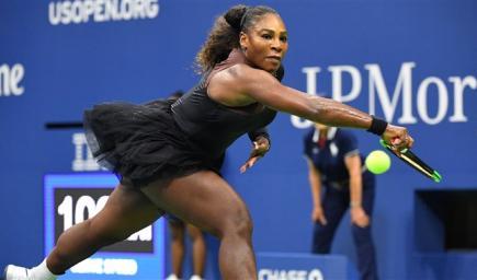 لاعبة التنس الأميركية سيرينا وليامز
