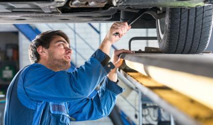 القطاع الخاص يدخل مجال الفحص الدوري للسيارات