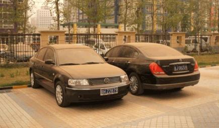غرامة على السيارات المتسخة في دبي
