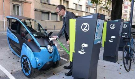 يبدو أنه عصر السيارات الكهربائية