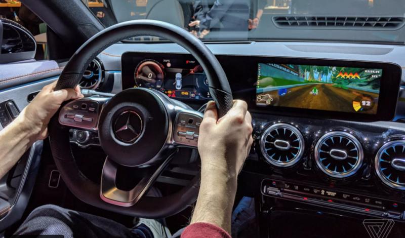 11ee426c5 شاهد: لأول مرة مرسيدس تدخل في تكنولوجيا المعلومات | موقع السائقة ...
