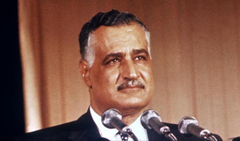 كان  جمال عبد الناصر يزور أسوان دائما مستقلا هذه السيارة