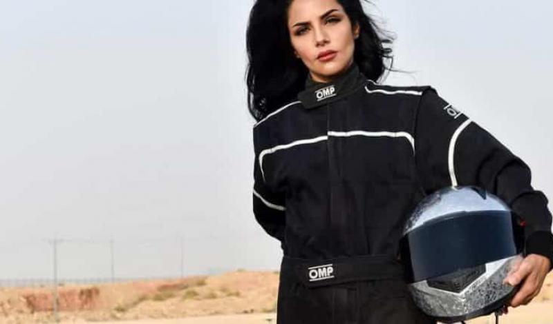 الفتاة السعودية رنا الميموني