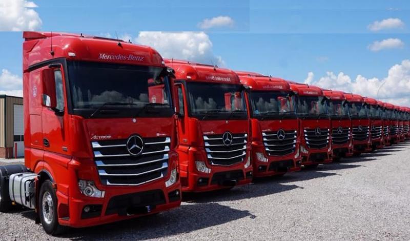 السعوديات بصدد حمل رخصة قيادة النقل الثقيل