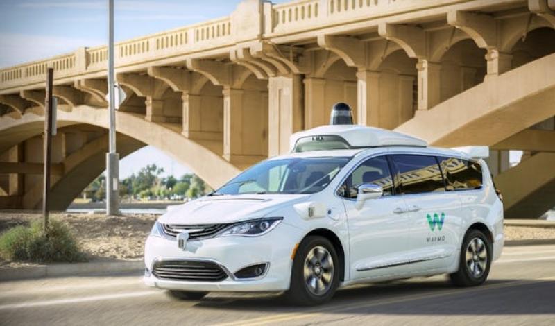سيارة أجرة ذاتية القيادة