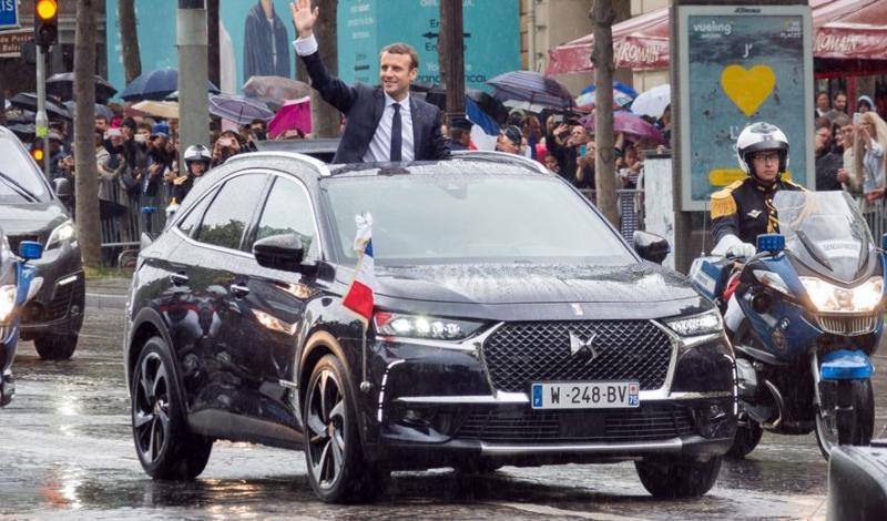 تعمد الرئيس الفرنسي إيمانويل ماكرون اختيار سيارته الرئاسية من صناعات بلده الوطنية